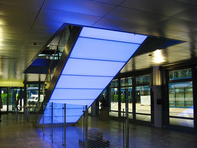 Designpanel-Lightpanel-original-bayern-lb-bank-treppe-06